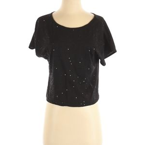 Cute Comfy tee with subtle sequence bling 🖤